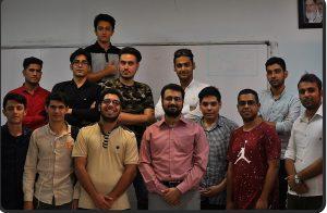 تیم بندی دانشجویان درس کارآفرینی آموزشکده فنی حرفه ای پسران قم ترم 963